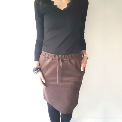 Madeleine Coated Skirt - One Two (brun)