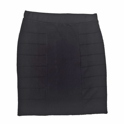 Black Skirt - Signature